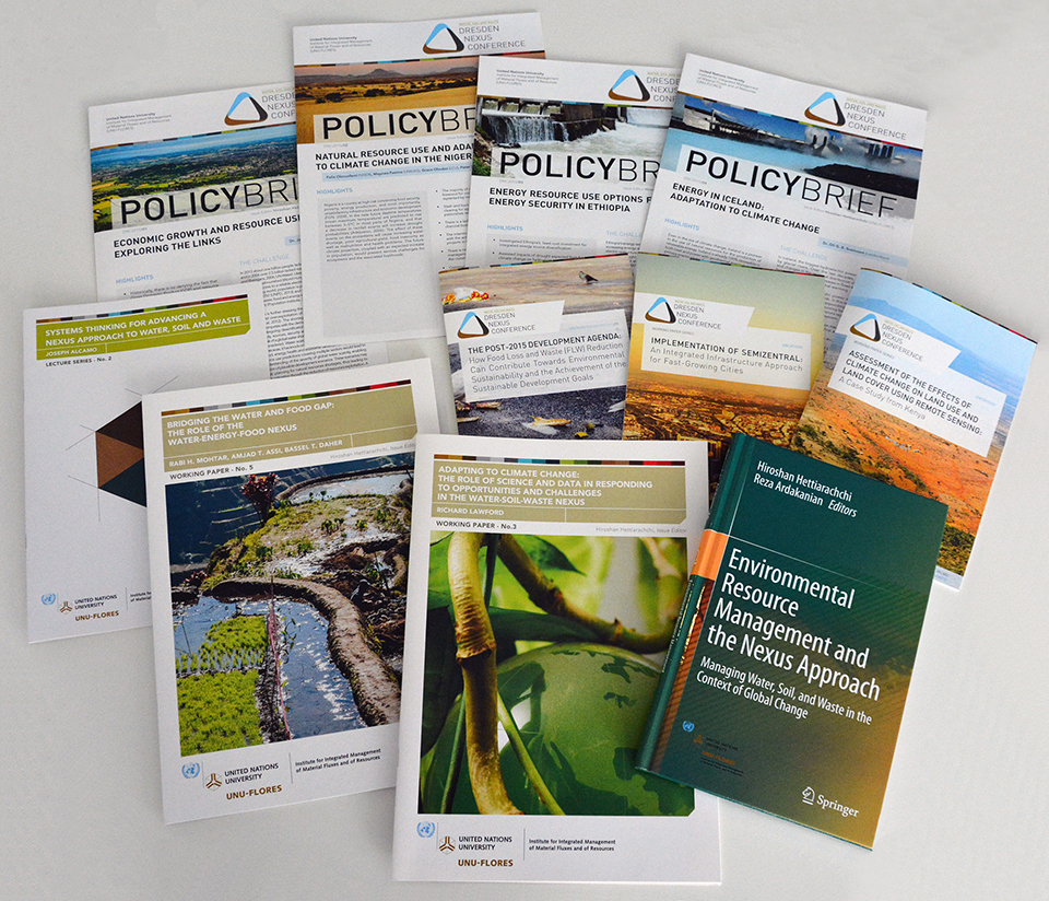 Selection of publications (diferent cover sheets) )